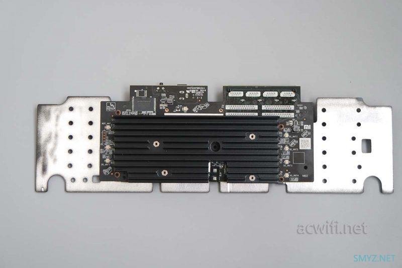 小米AX3600无线路由器拆机
