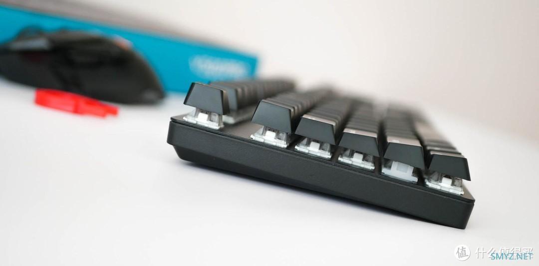 性价比超高的国产无线机械键盘:雷柏V500PRO